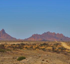 Blick auf die Spitzkoppe in Namibia