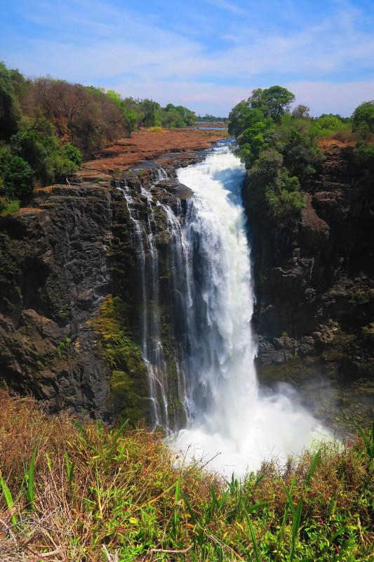 Ein kleiner Wasserfall der Victoria Falls