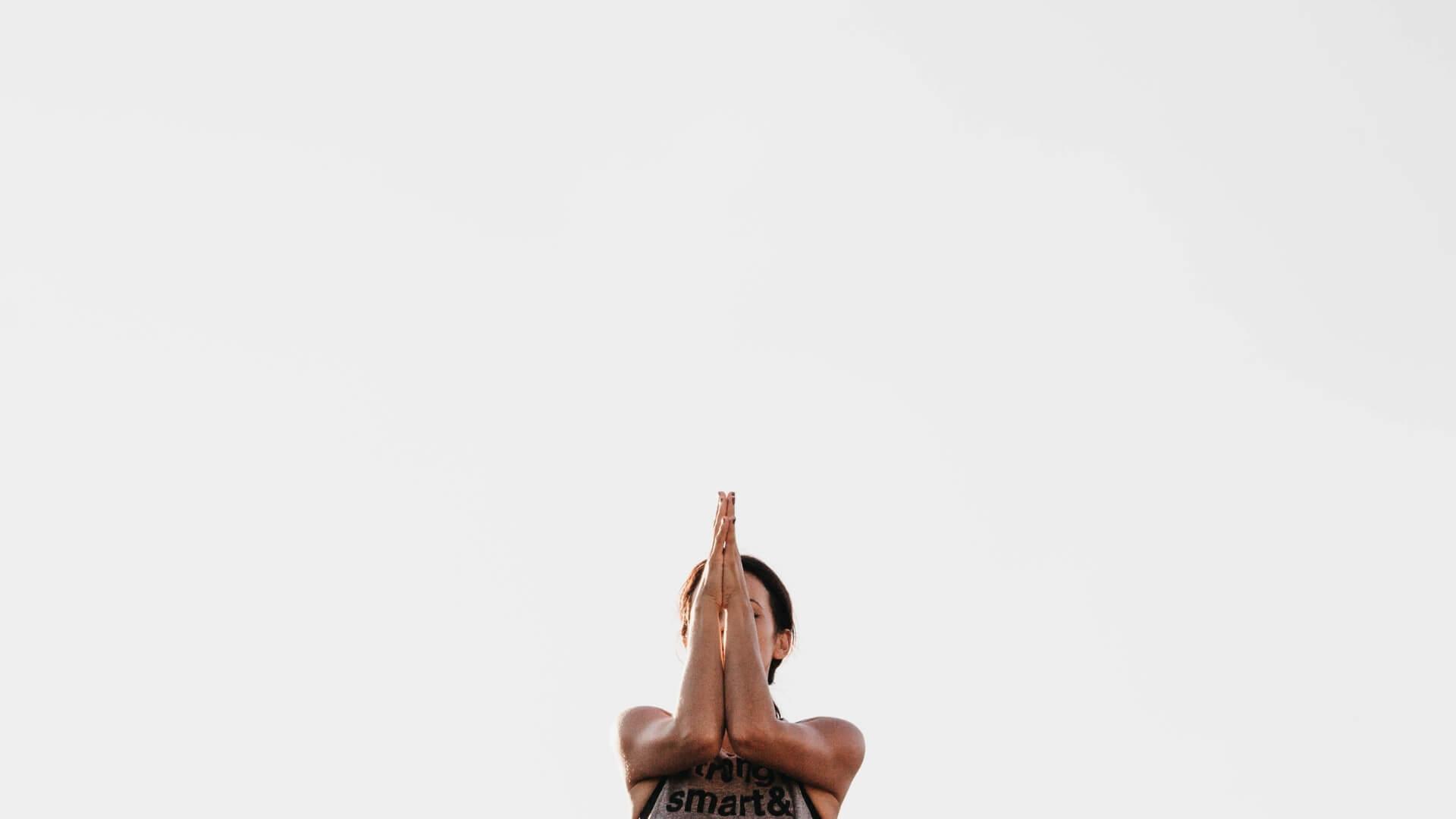 Livestream: Petra und Maya beim Partner-Yoga