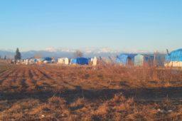 Reportage: Die inoffiziellen Flüchtlingscamps nahe der syrischen Grenze