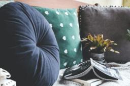 Sieben Wege, die Langeweile zuhause zu besiegen