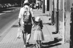 7 Fragen an einen alleinerziehenden Vater
